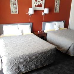 Photo Of Hiawatha Motel Escanaba Mi United States Newly Renovated Room With
