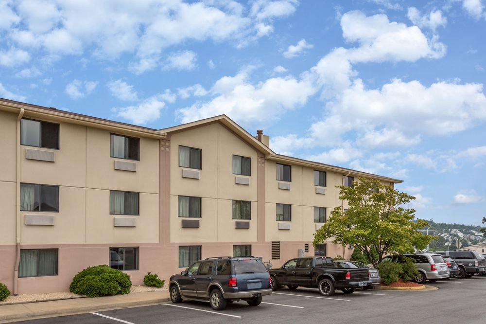 Super 8 Dumfries Quantico Hotels 17416 Jefferson Davis Hwy Va Phone Number Yelp