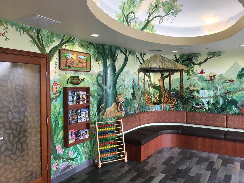 Kids Smile Pediatric Dentistry: 11700 South St, Artesia, CA