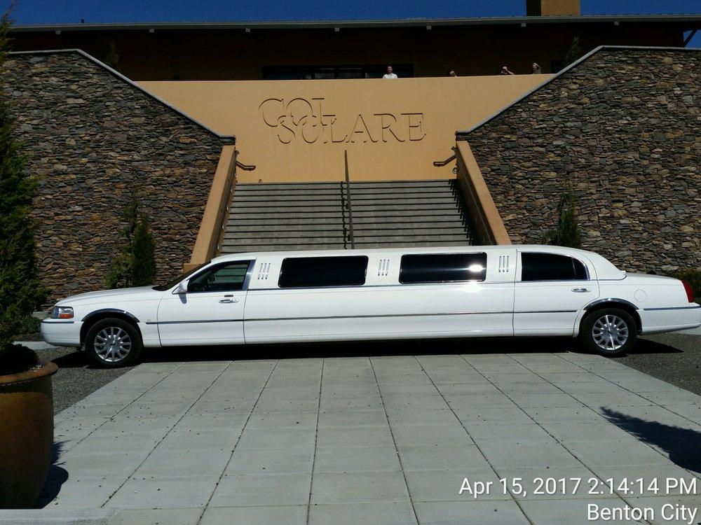 Moonlit Ride Limousine: 3908 River Rd, Yakima, WA
