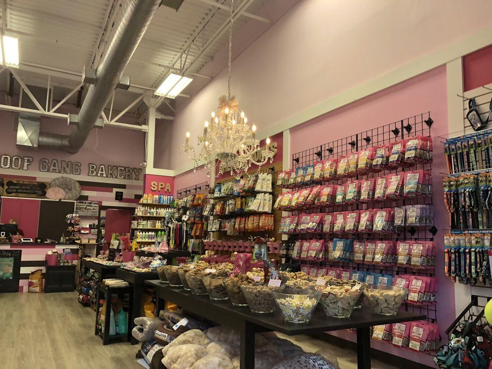 Woof Gang Bakery: 7848 Winter Garden Vineland Rd, Windermere, FL