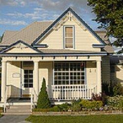 Brothers Mortuary & Crematory: 1206 S 2nd St, Hamilton, MT