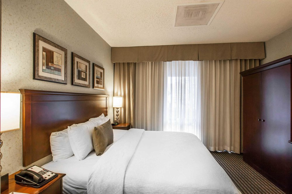sleep inn at court square 50 photos 51 reviews. Black Bedroom Furniture Sets. Home Design Ideas