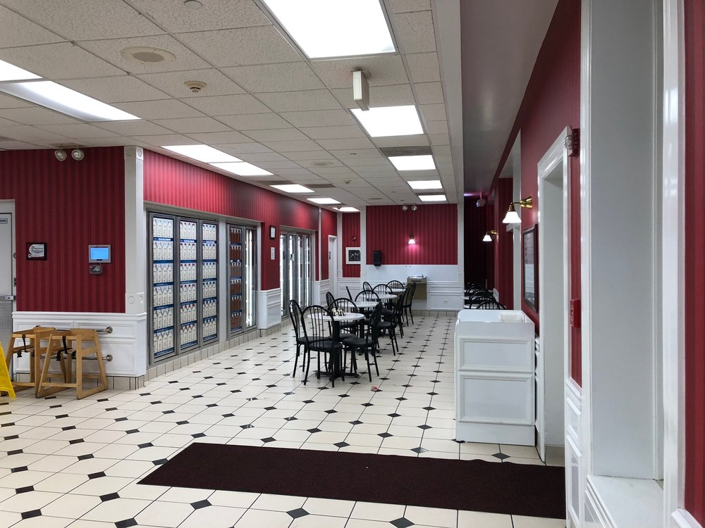 Oberweis Ice Cream and Dairy Store: 967 Waukegan Rd, Glenview, IL