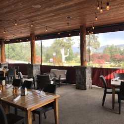 Photo Of Divots Restaurant Hood River Or United States Heated And Enclosed