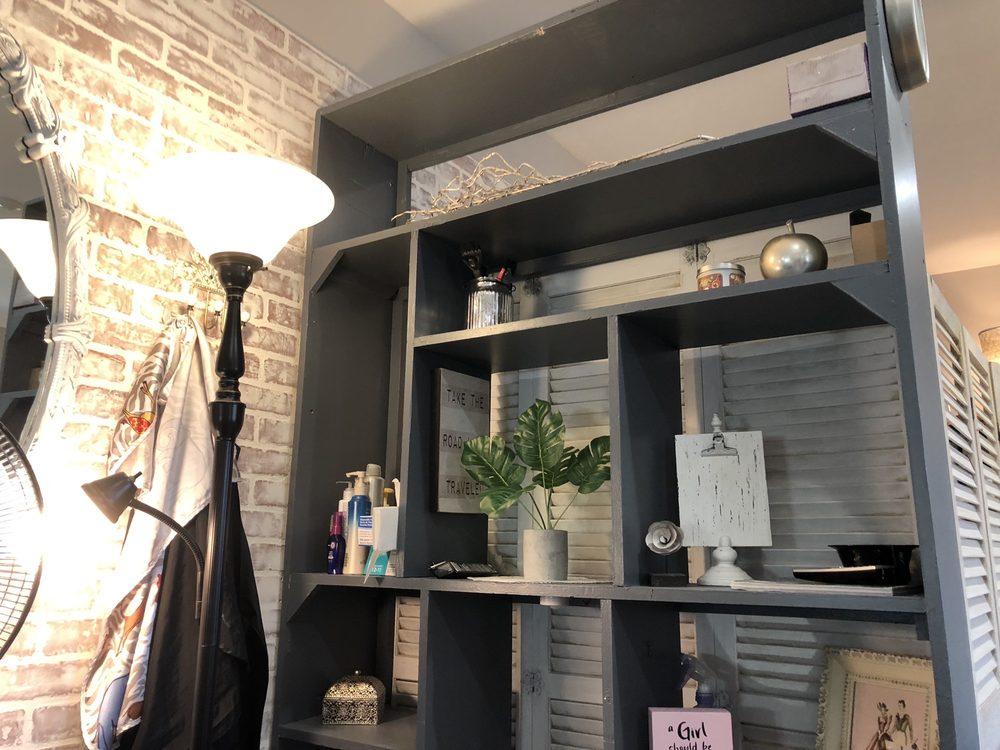 Lush Concepts Salon: 700 US-42, Lebanon, OH