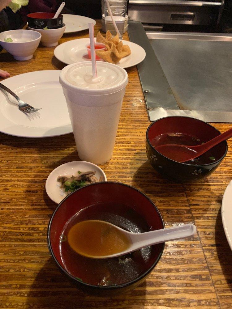 Mr. Sushi: 995 NE Rice Rd, Lees Summit, MO