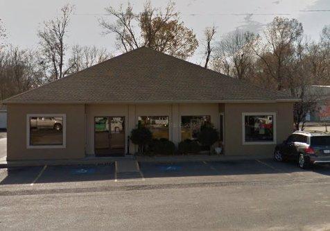 EyeCare Associates of Kentucky: 109 W 5th St, Benton, KY