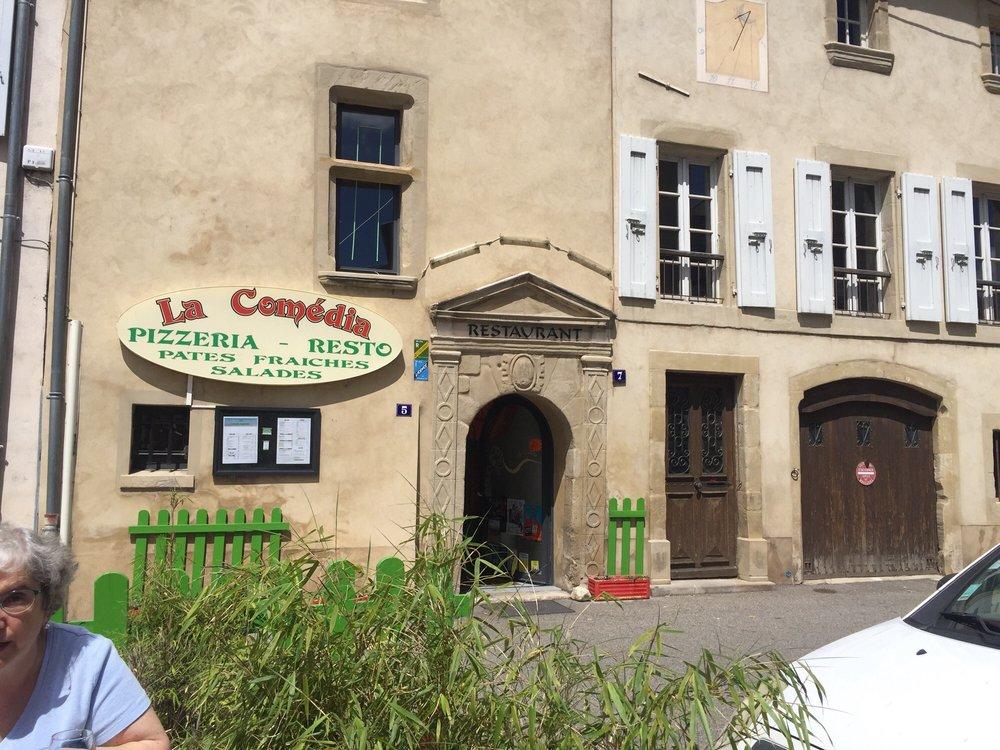 la commedia chiuso pizzerie 5 place du 8 mai 1945 tain l 39 hermitage dr me francia. Black Bedroom Furniture Sets. Home Design Ideas