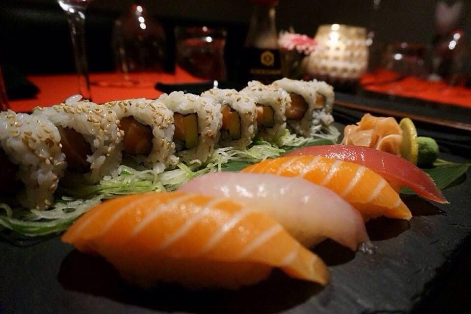 Bentoka 80 anmeldelser sushi 24 rue de l 39 aum ne for Koi sushi aix en provence
