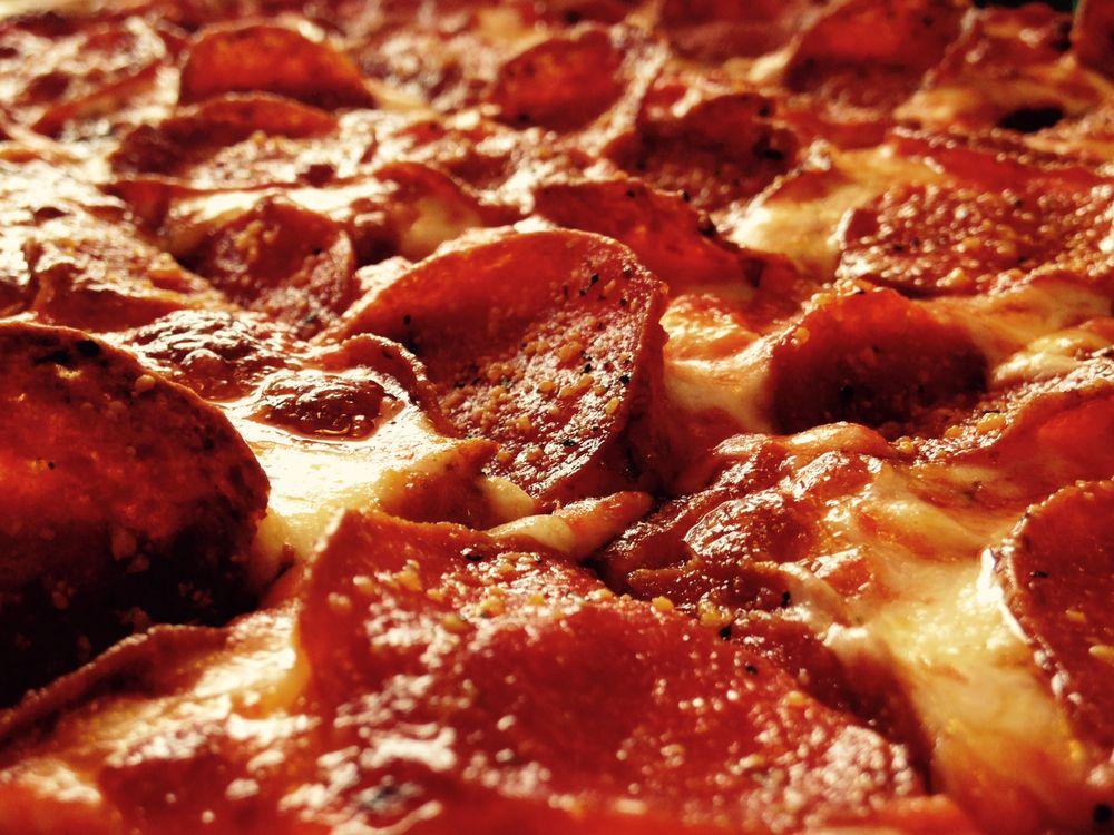 Cardo's Pizza & Pasta: 505 Lancaster Pike, Circleville, OH