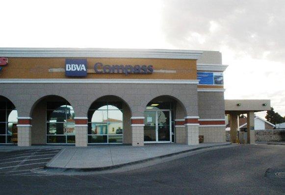 Bbva compass bancos y cajas 1610 n zaragosa rd el - La hora en el paso texas ...