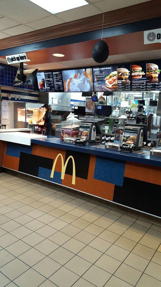 McDonald's: 1618 Hwy 84 E, Hayti, MO