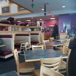 Jumbos Frozen Custard 19 Reviews Burgers 1014 S Main St West