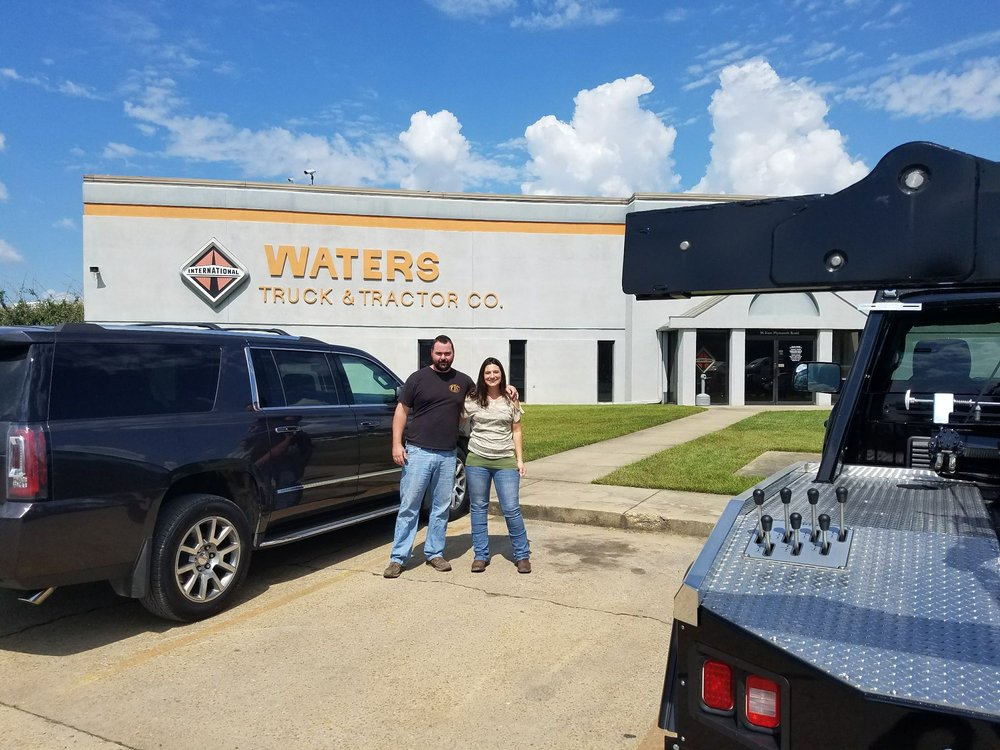 Towing business in Starkville, MS