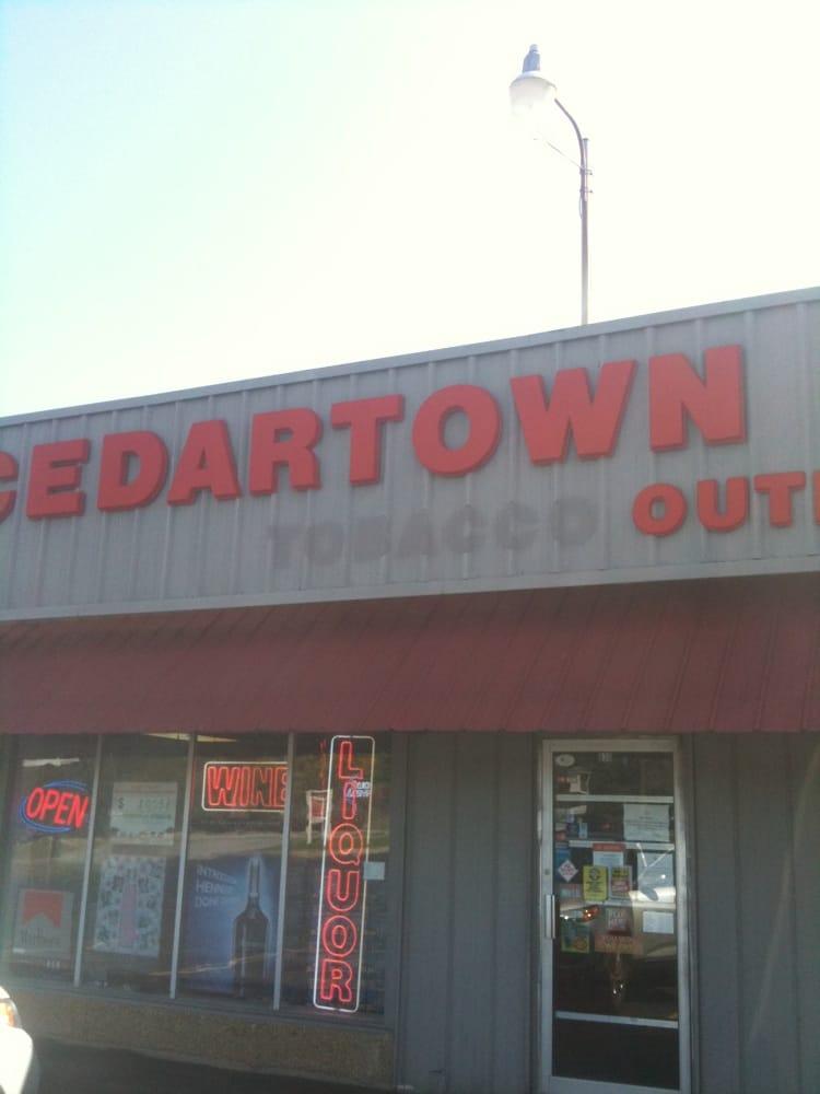 Cedartown Liquor: 830 N Main St, Cedartown, GA