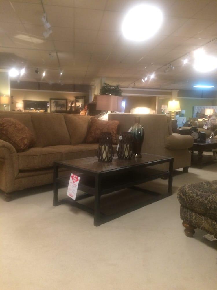 Andrews Furniture Furniture Stores 2300 N 1st St