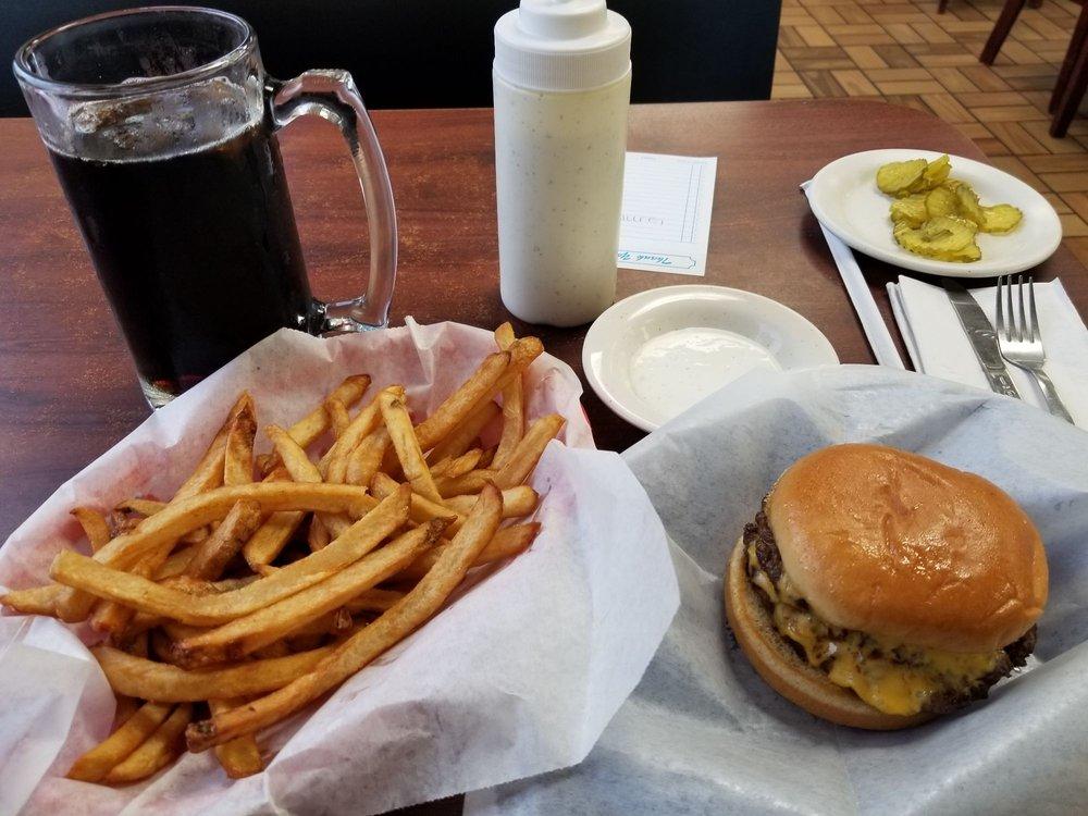 Ron's Hamburgers & Chill: 130 W 141st, Glenpool, OK