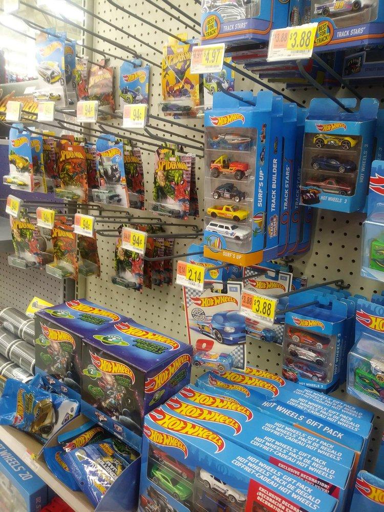 Walmart Supercenter: 500 Warren County Ctr, Warrenton, MO