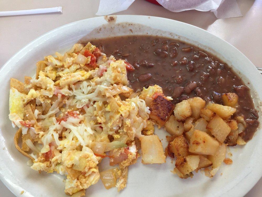 Mi Mexico Restaurant: 1000 W 5th St, Plainview, TX