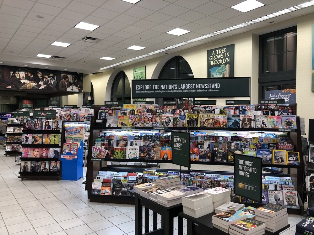 Barnes & Noble Booksellers: 28801 Chagrin Blvd, Woodmere, OH