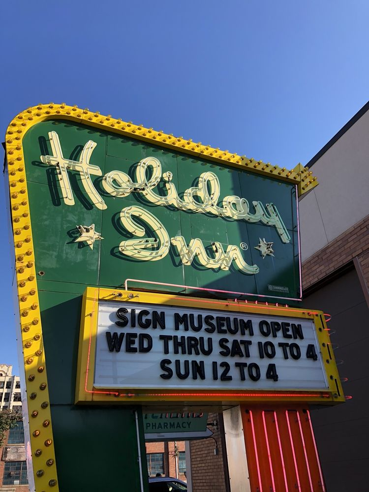 Social Spots from American Sign Museum