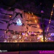 Landing strip lounge romulus