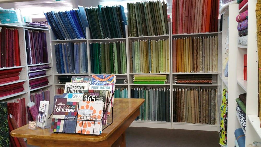 Fabrics Unlimited: 2089 W Acoma Blvd, Lake Havasu City, AZ