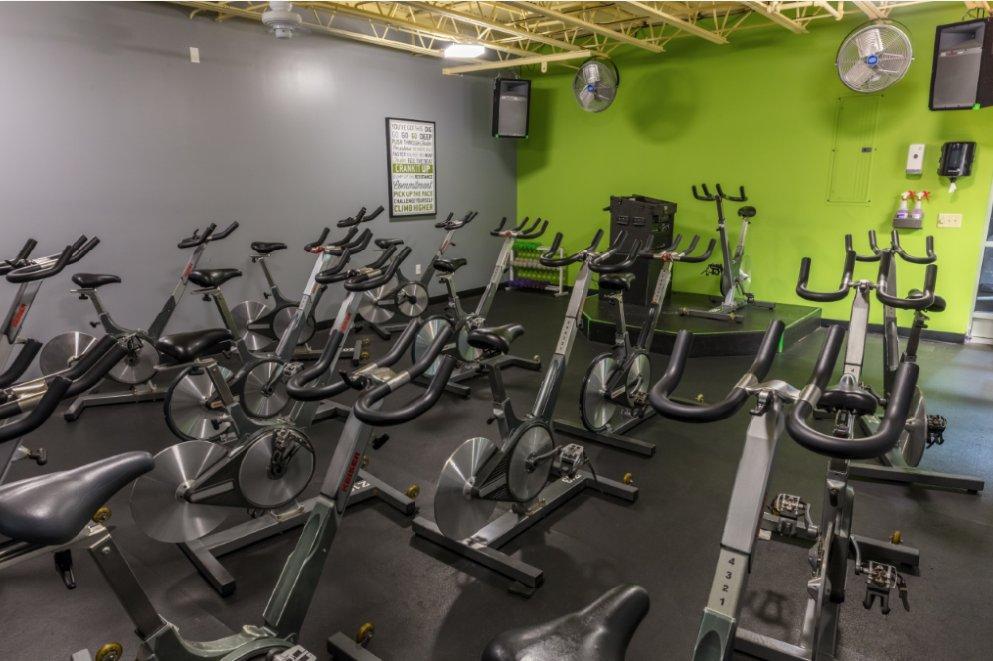 Golds gym 24 fotos 21 beitr ge fitnessstudio 201 n for Gimnasio jupiter