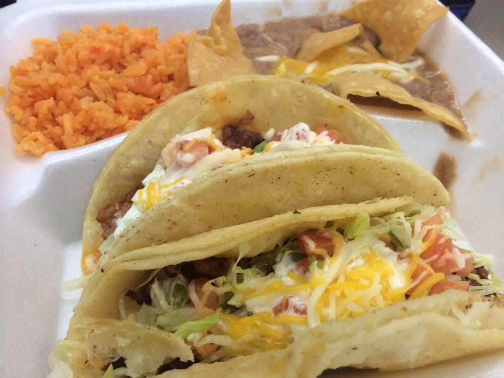 California taco shop food 321 amherst st olneyville for Good fish tacos near me