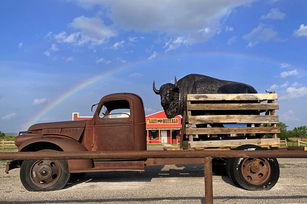The Lazy Buffalo: 16260 Oklahoma Highway 115, Cache, OK