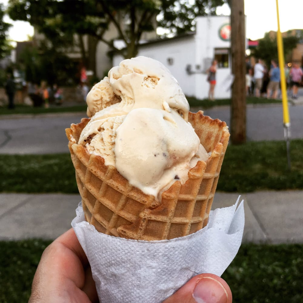 Chocolate Shoppe Ice Cream - 16 Photos & 14 Reviews - Desserts ...