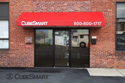 Cubesmart Self Storage 10 Reviews Self Storage 130