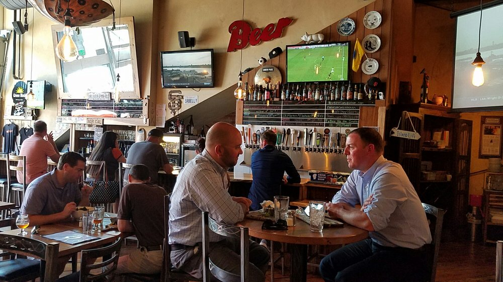 belly left coast kitchen and taproom santa rosa osq=Restaurants Downtown 1661
