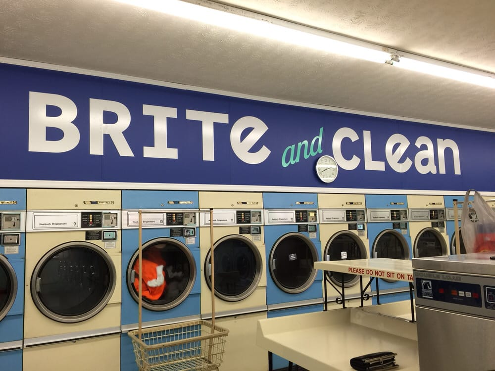 Brite & Clean Coin Laundry: 49 Douglas Ave, Chillicothe, OH