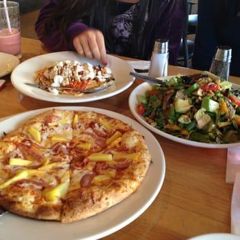 California Pizza Kitchen Pizza Palm Desert Ca