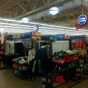 photo of old navy kenner la united states christmas eve - Old Navy Christmas Eve Hours