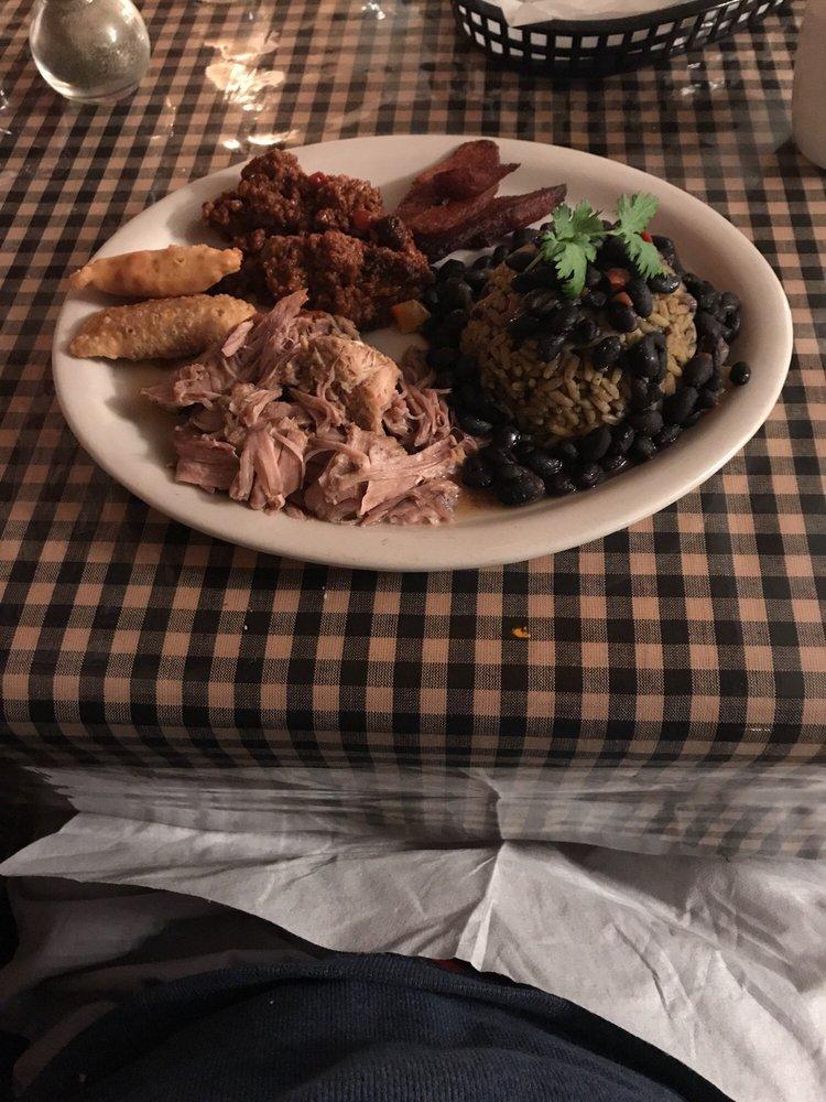 Abuela's Cuban Cafe: 59 S Main St, Crossville, TN