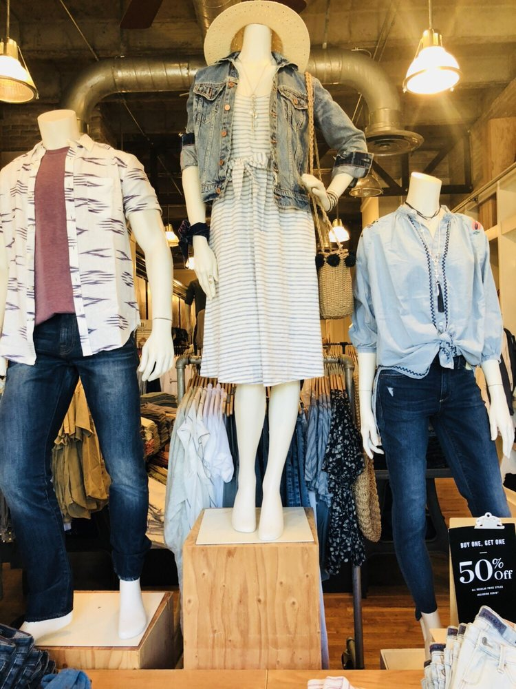Lucky Brand Jeans: 4029 Westheimer Rd, Houston, TX