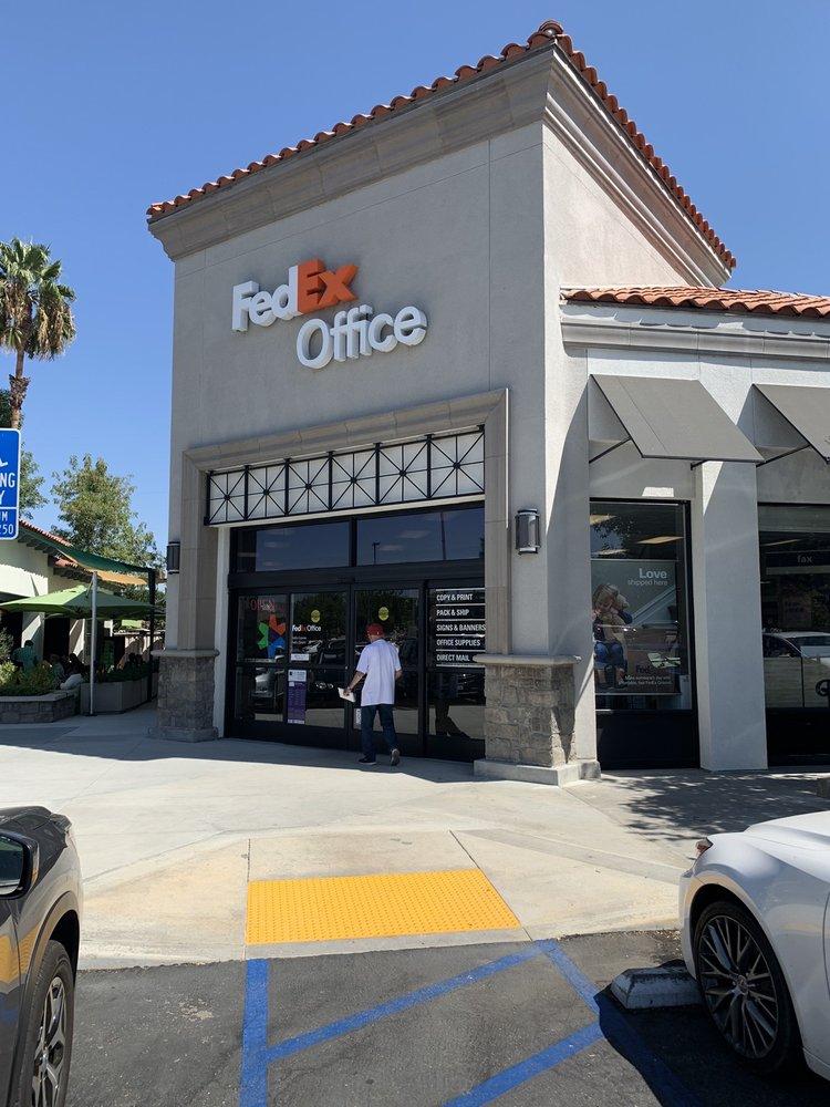 FedEx Office Print & Ship Center: 23305 Mulholland Dr, Woodland Hills, CA