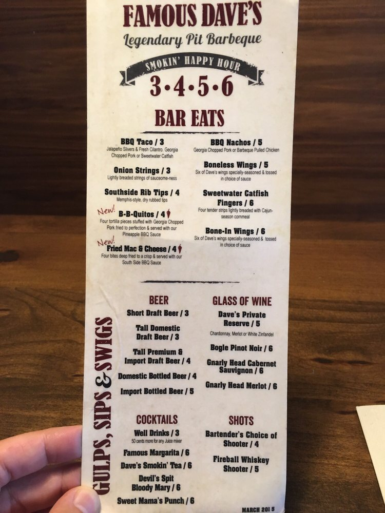 famous dave's happy hour