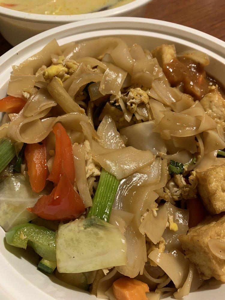 Sawatdee Thai Cuisine: 10938 N 56th St, Tampa, FL