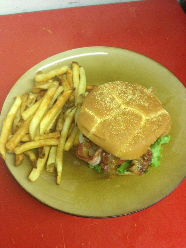 Little River Grill: 2395 Tyler Rd, Christiansburg, VA