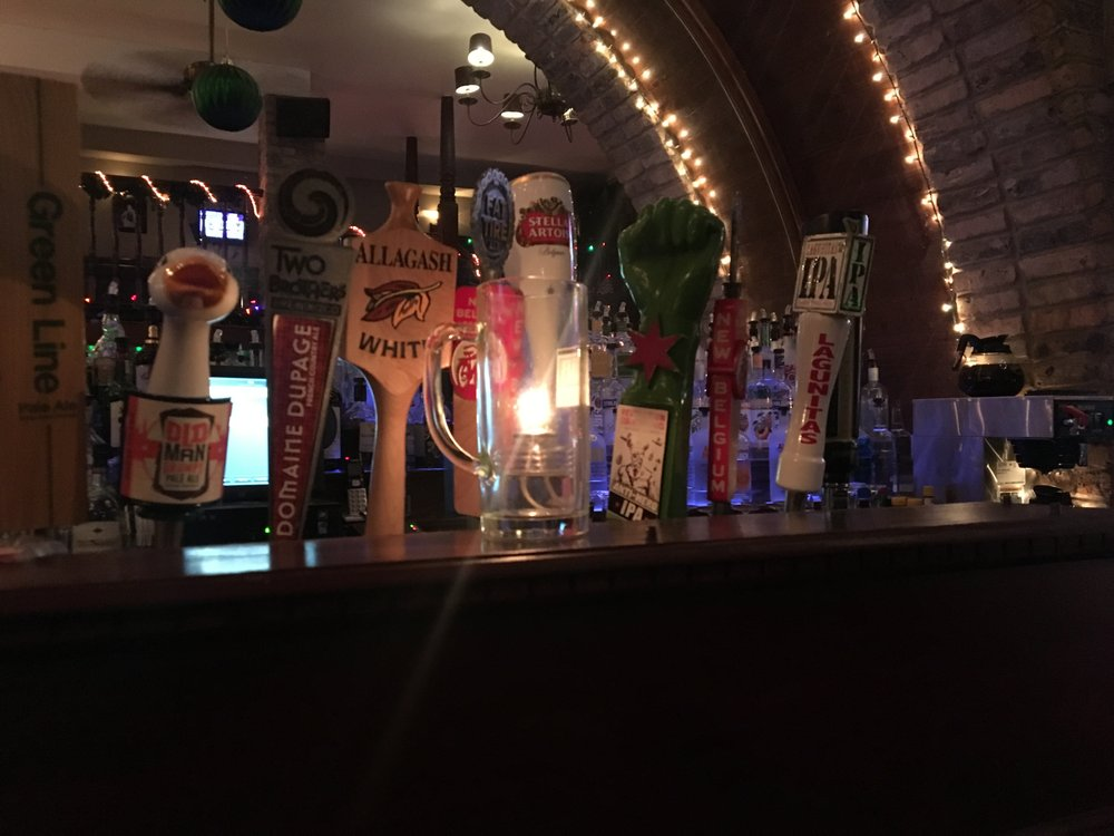 Pint Pub + Kitchen: 1547 N Milwaukee Ave, Chicago, IL