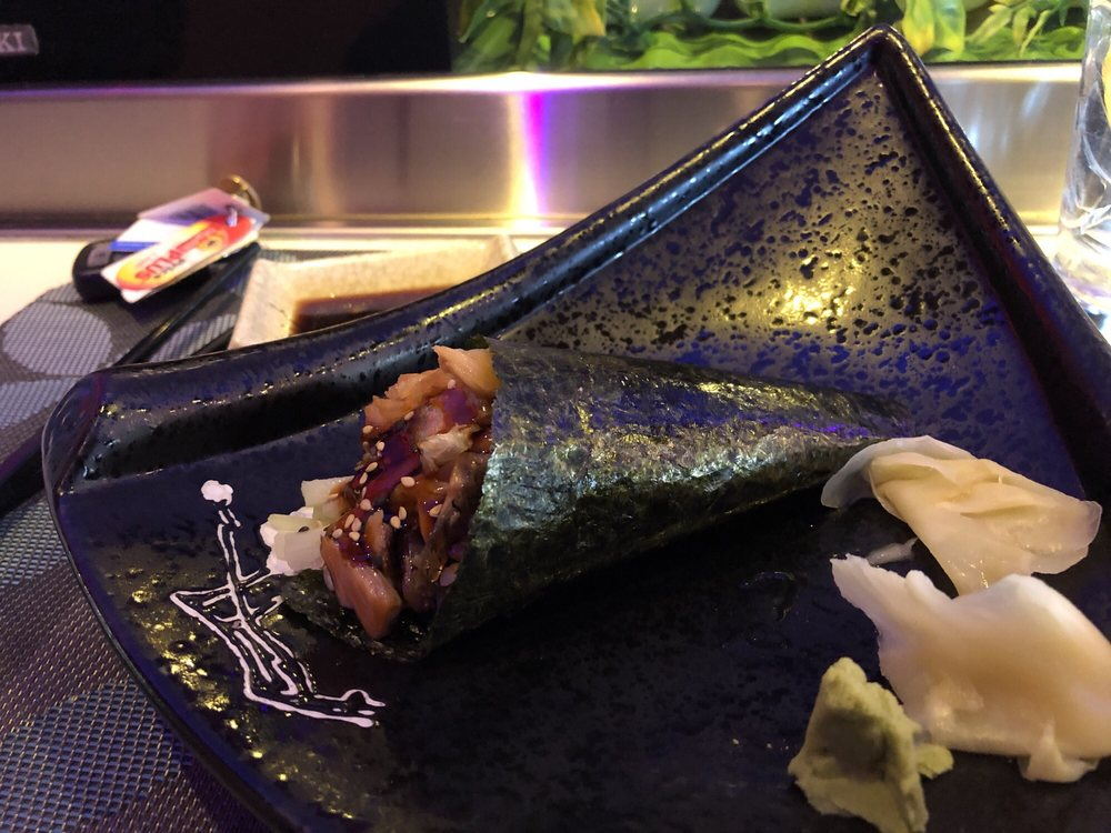 Komo Asian Cuisine: 221 Bedford Ave, Bellmore, NY