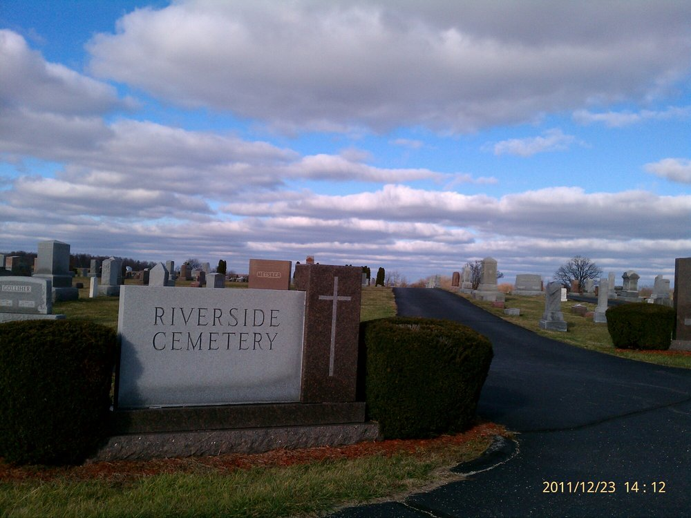 Losantville Riverside Cemetery: South 1100 W, Losantville, IN