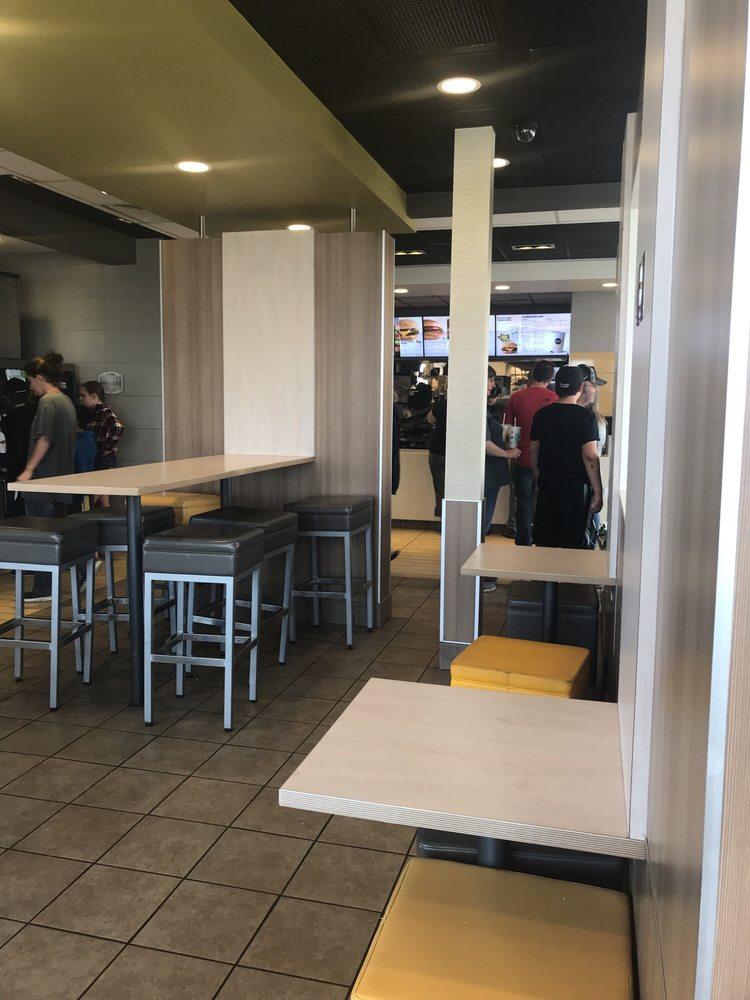 McDonald's: 440 Lincoln Ave S, Burlington, CO