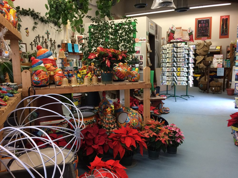 Santa Ana Garden Center: 960 US 550, Bernalillo, NM