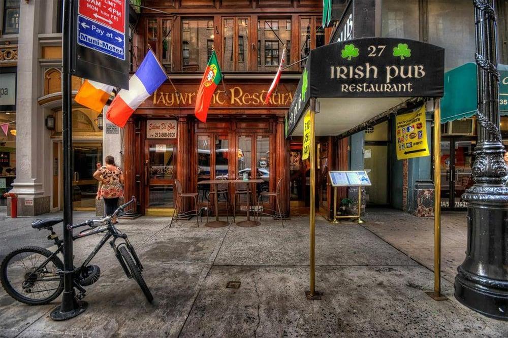Playwright Irish Pub Restaurant Nyc