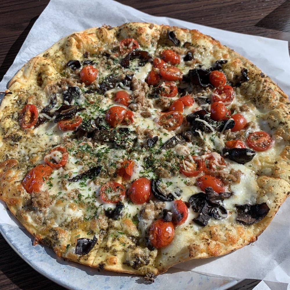 Food from Amici Pizza
